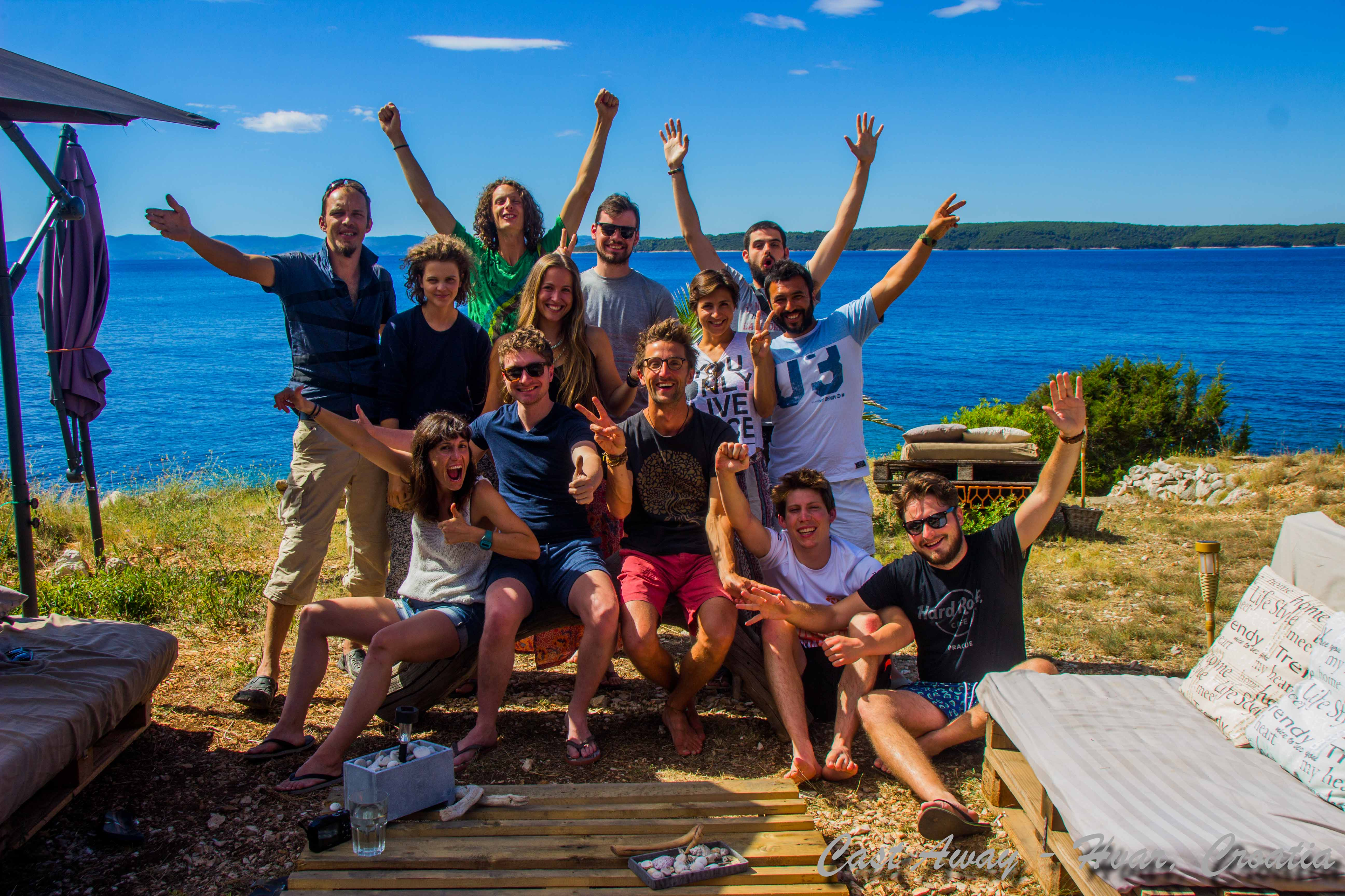 Cast Away 2016 - Help in summer building bungalows 11