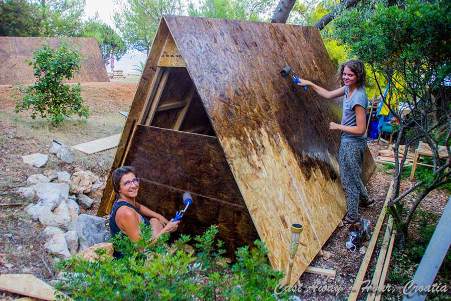 Cast Away 2016 - Help in summer building bungalows 5web