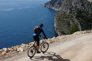 Hvar Mountainbike Cast Away Hostel Service
